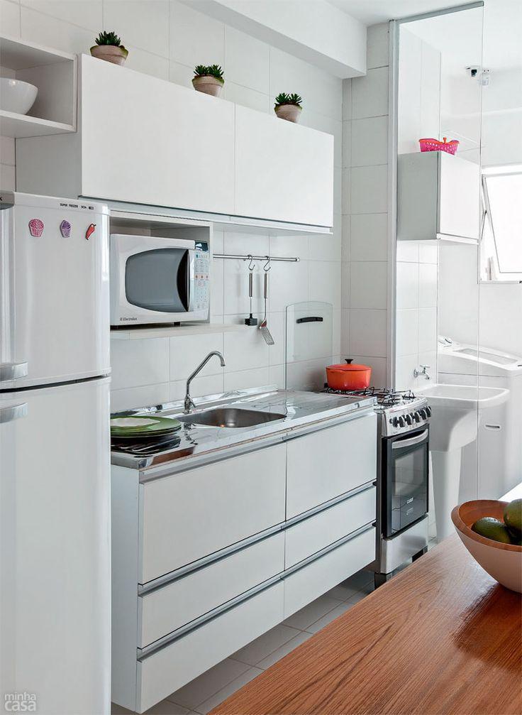 Saiba todos os truques para decorar a sua cozinha pequena # Decoracao De Cozinha Retangular