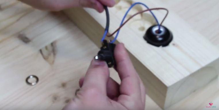 DIY luminária de mesa wood (15)