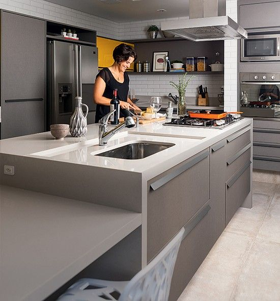 cozinha pequena com pia na ilha v rios desenhos sobre id ias de design de cozinha. Black Bedroom Furniture Sets. Home Design Ideas