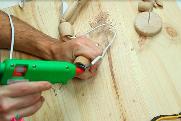DIY tutorial luminária boneco manequim (2)