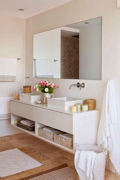 Quando ter um banheiro de casal com duas pias? -> Banheiro Moderno Casal