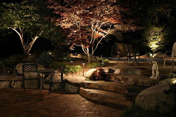 jardim iluminado