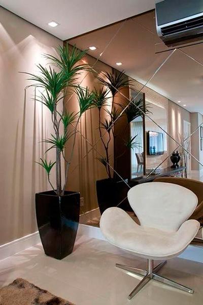 sala com espelho bronze decoração (2)